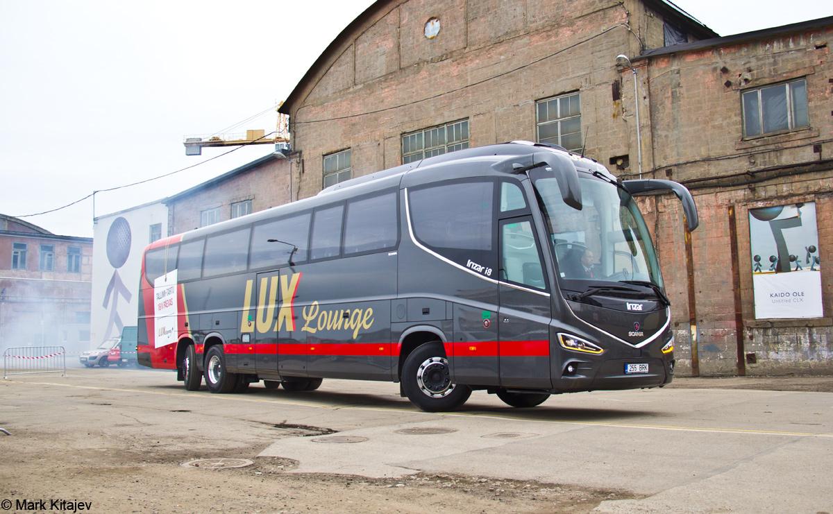 Tallinn, Irízar i8 15-3,7 № 255 BRK Tallinn — Lux Expressi Scania Irízar i8 busside ametlik esitlustseremoonia