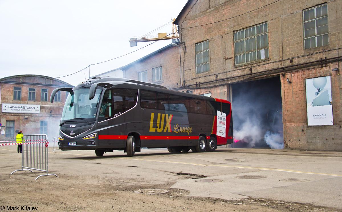 Tallinn, Irízar i8 № 255 BRK Tallinn — Lux Expressi Scania Irízar i8 busside ametlik esitlustseremoonia