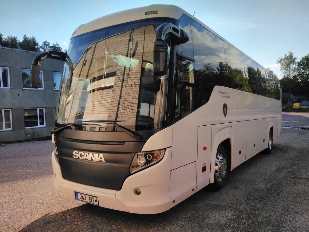 Kärdla, Scania Touring HD (Higer A80T) № 043 BTV