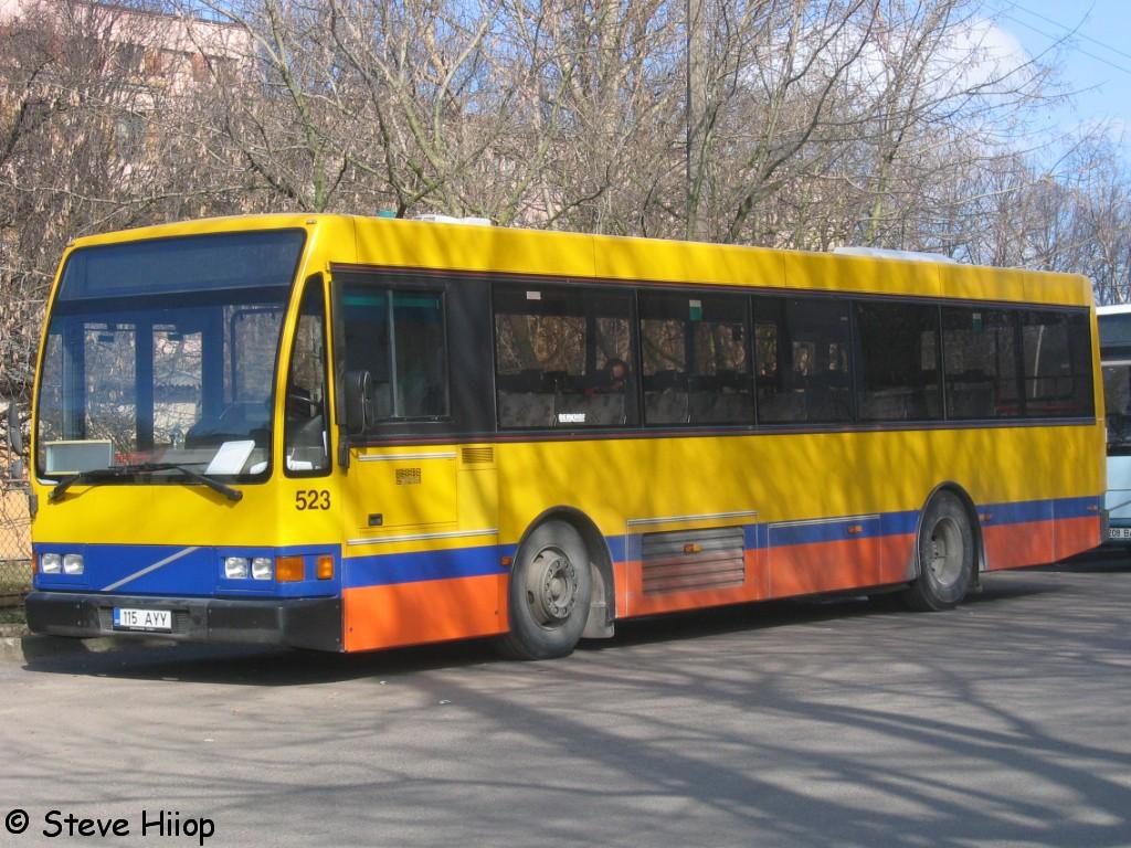 Tallinn, Berkhof Europa 2000NL № 115 AYY