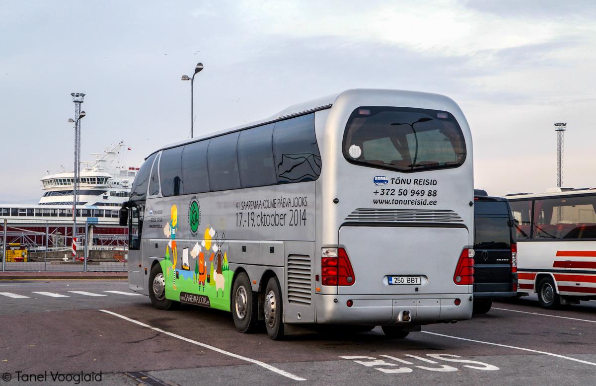 Kuressaare, Neoplan N516/3SHDH Starliner № 250 BBT
