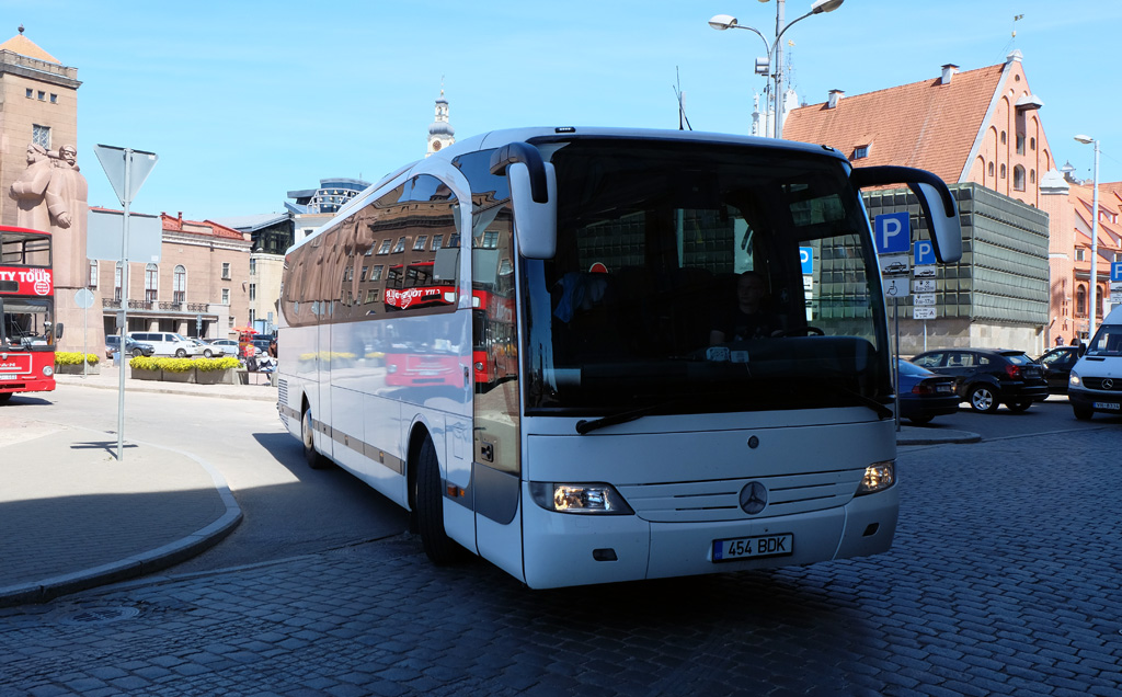 Narva, Mercedes-Benz O580-15RH Travego № 454 BDK