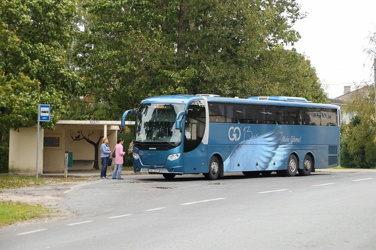 Kärdla, Scania OmniExpress 360 № 381 BVP