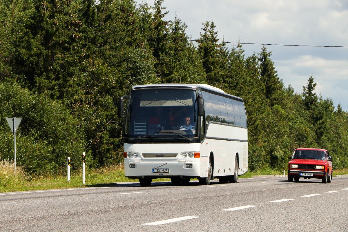 Kuressaare, Carrus Regal 350 № 132 MJR