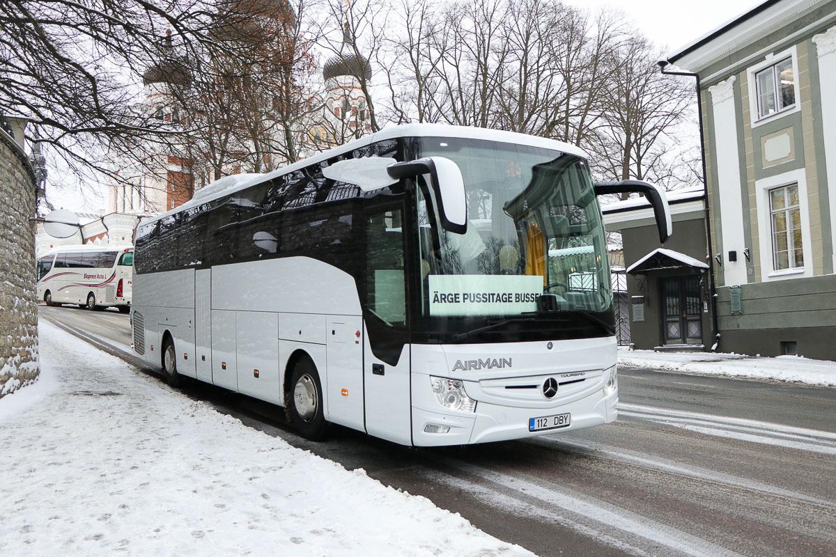 Valga, Mercedes-Benz Tourismo 15RHD-III № 112 DBY Protestiaktsioon Toompeal